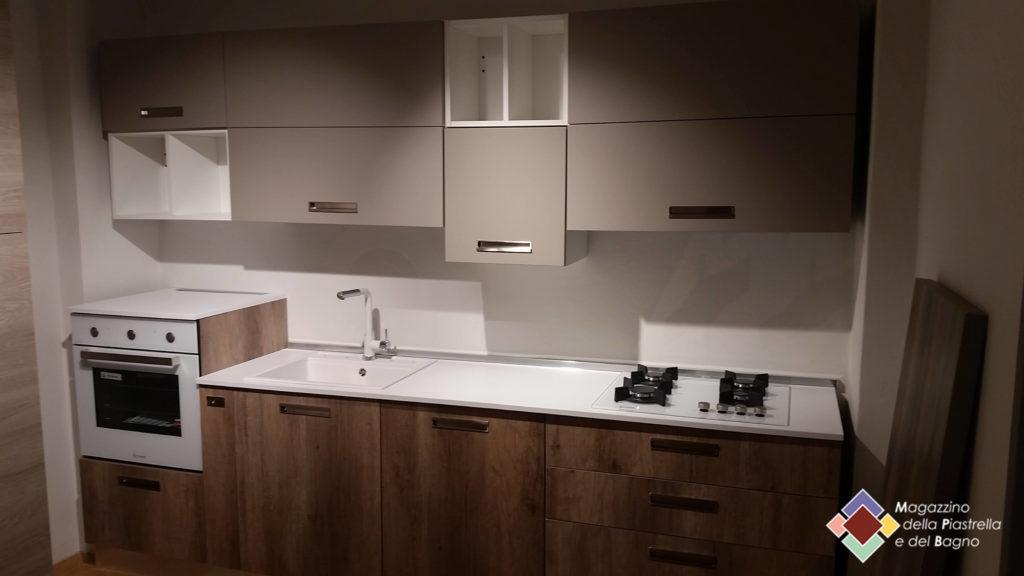 Soluzioni cucine magazzino della piastrella e del bagno - Piastrella bianca lucida ...